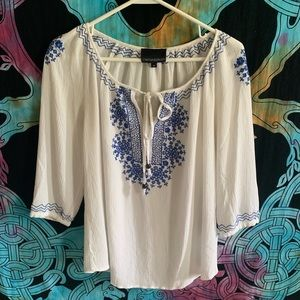 //Embroidered Bohemian Summer Top//